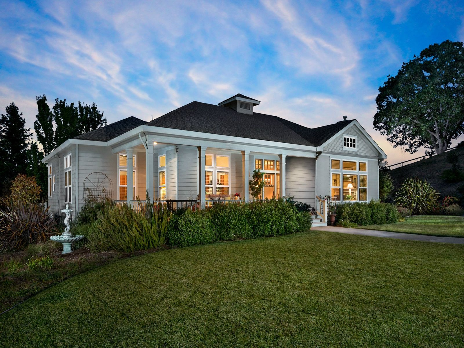 Enchanting Country Oasis, Petaluma CA Single Family Home - Sonoma - Napa Real Estate