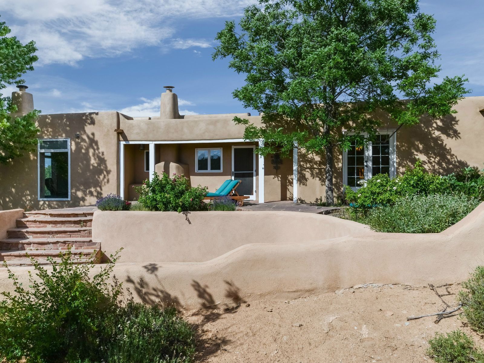86 B Paseo Encantado NE, Santa Fe NM Single Family Home - Santa Fe Real Estate