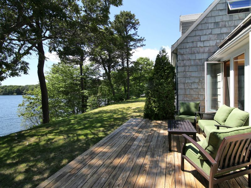 Charming Long Pond Waterfront