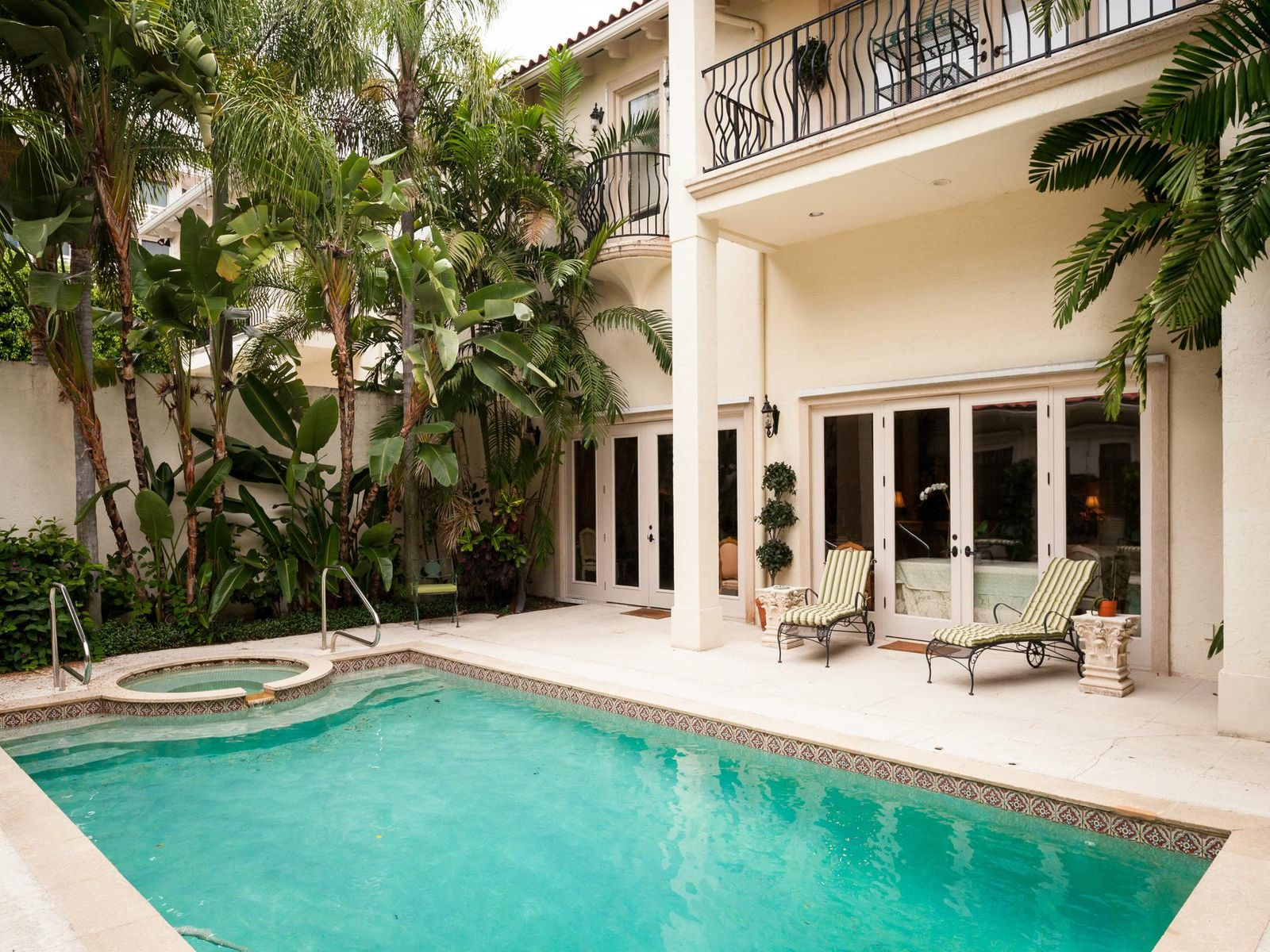 175 Sunset Ave, Palm Beach FL Townhouse - Palm Beach Real Estate