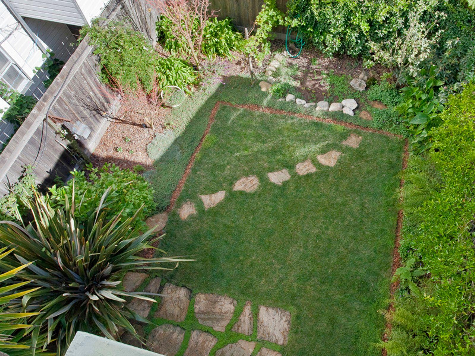 2046 Baker Charming Garden Home