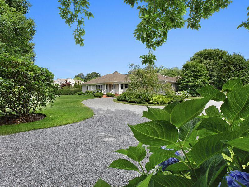 East Hampton Village Oasis