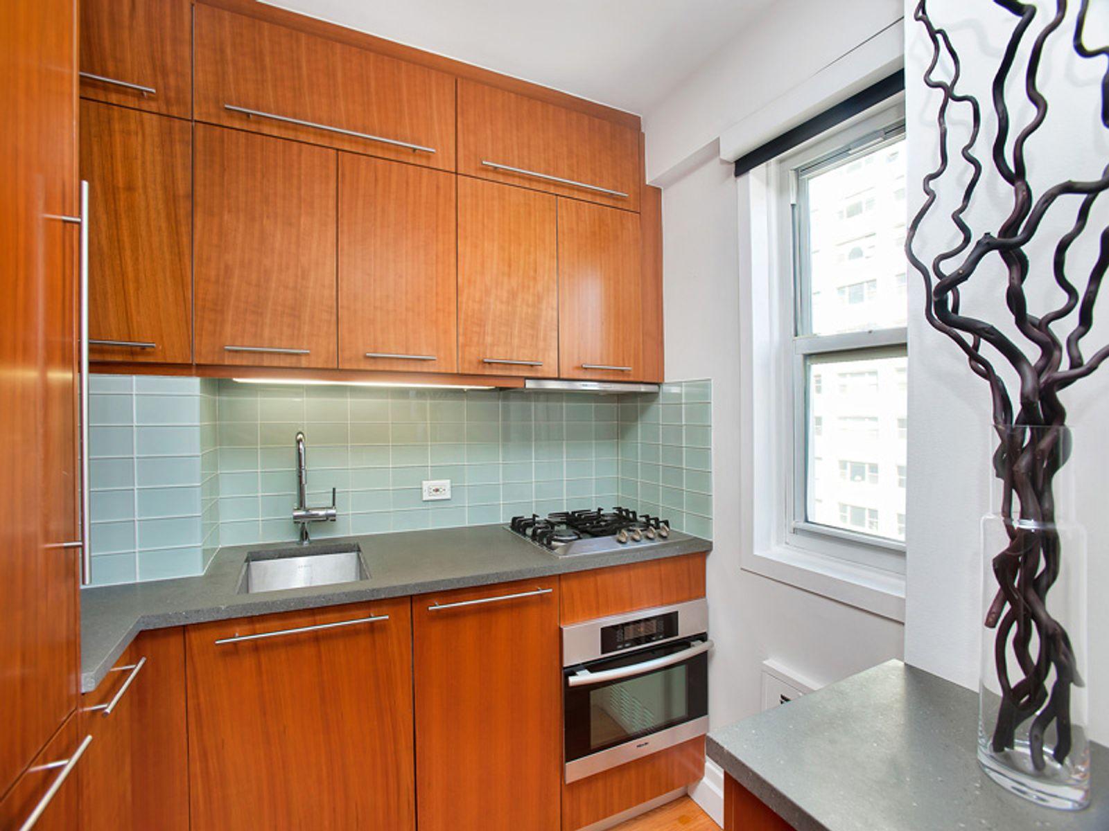 446 East 86th Street, Apt 6C