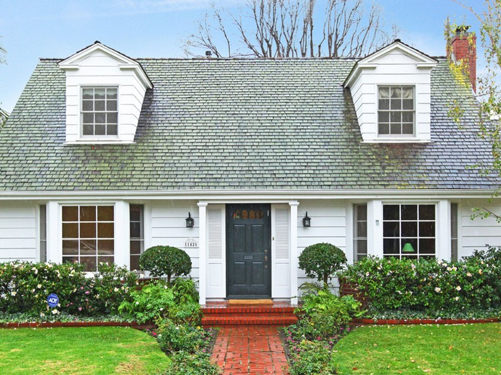New england style traditional brentwood ca single family for Homes for sale brentwood california