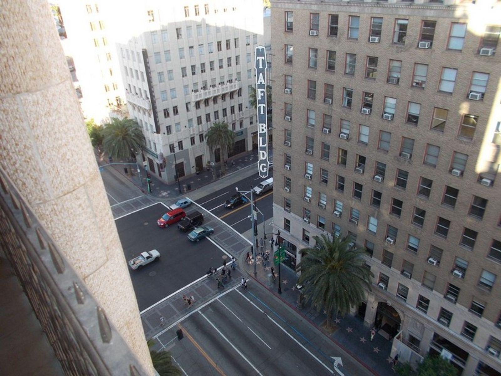Broadway Hollywood Lofts