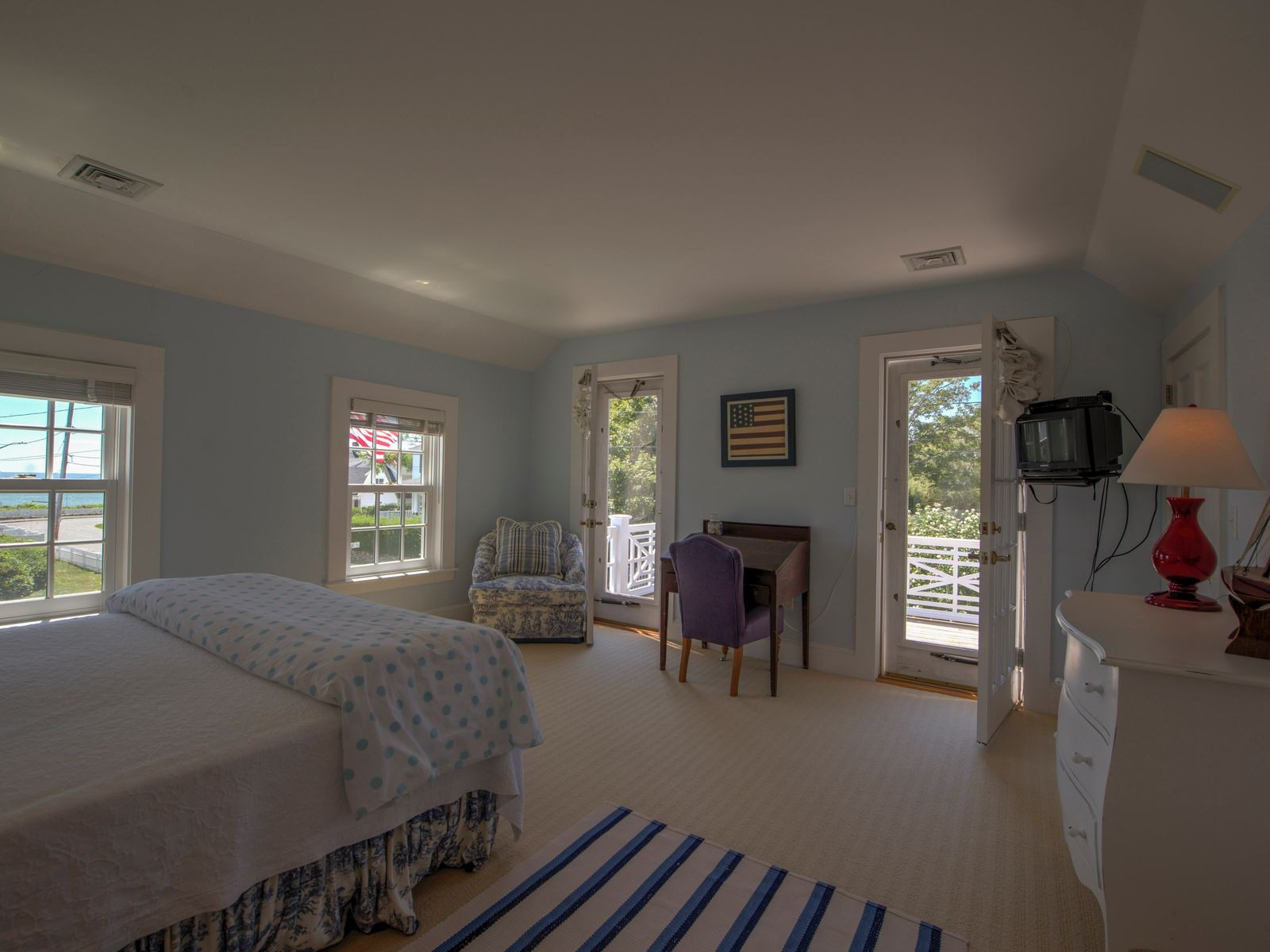 Hyannis Port Icon with Waterviews