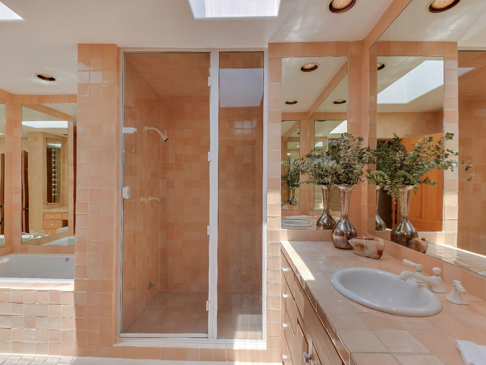 Her Bath, Steam Shower