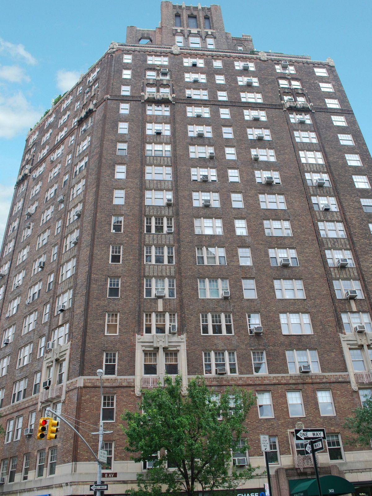 302 West 12th Street, 6D