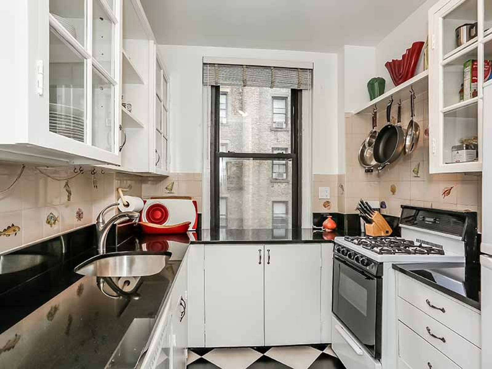 Charming Carnegie Hill 1 Bedroom