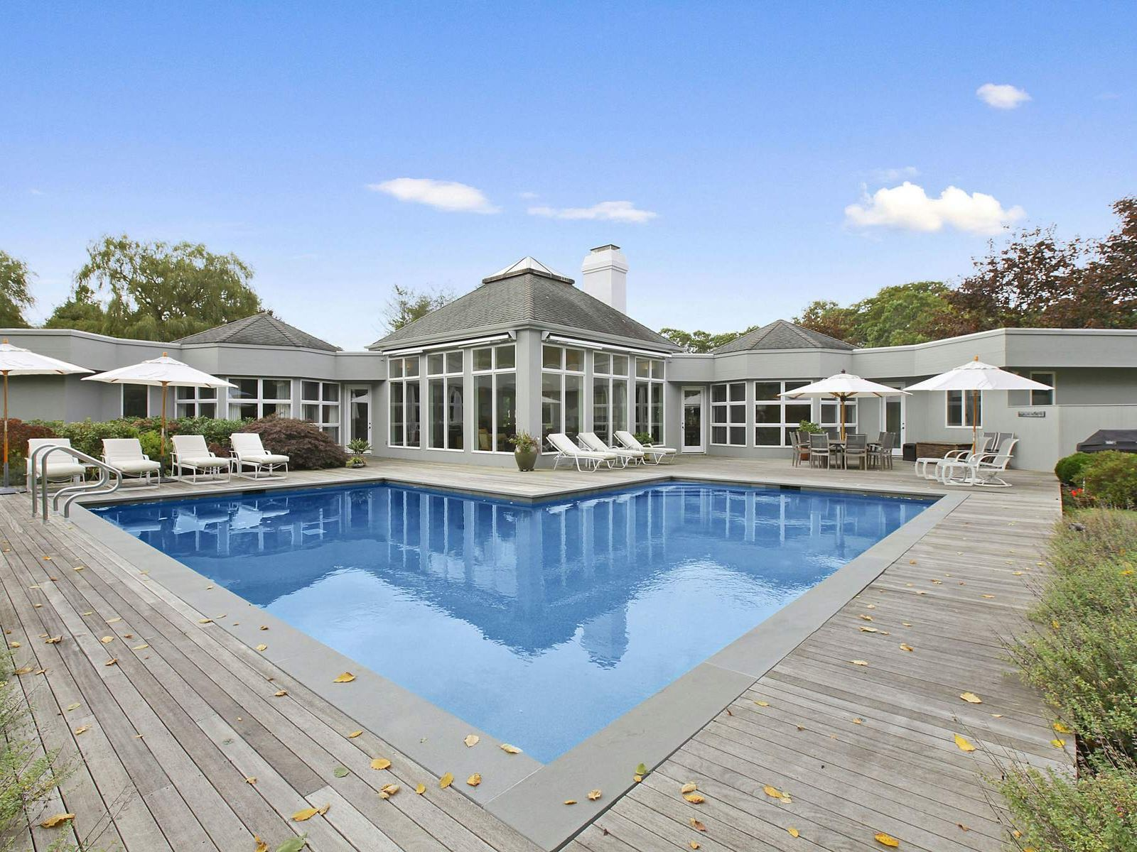 South of the Highway , East Hampton NY Single Family Home - Hamptons Real Estate