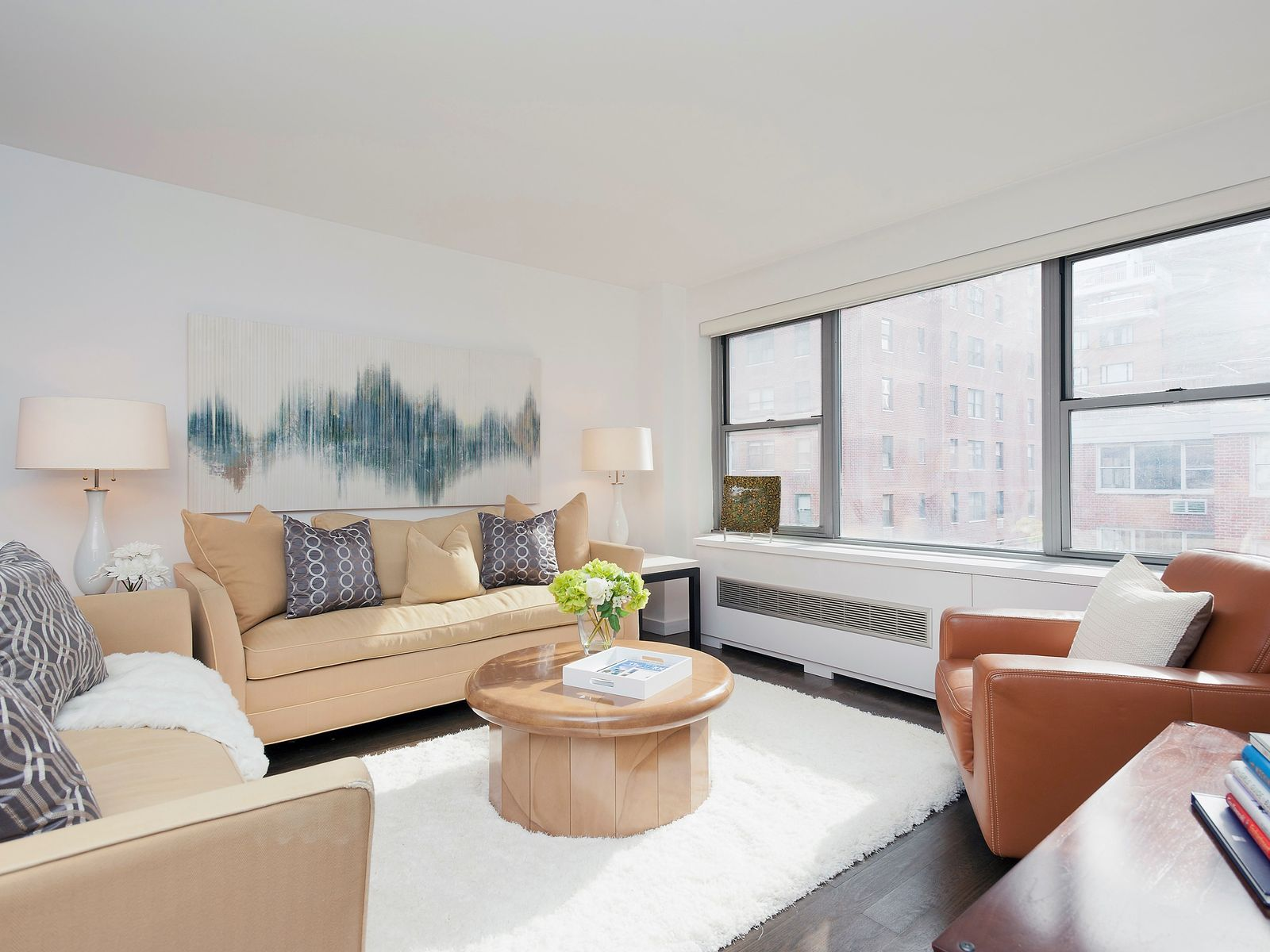 Timeless Modernism in Sutton Place