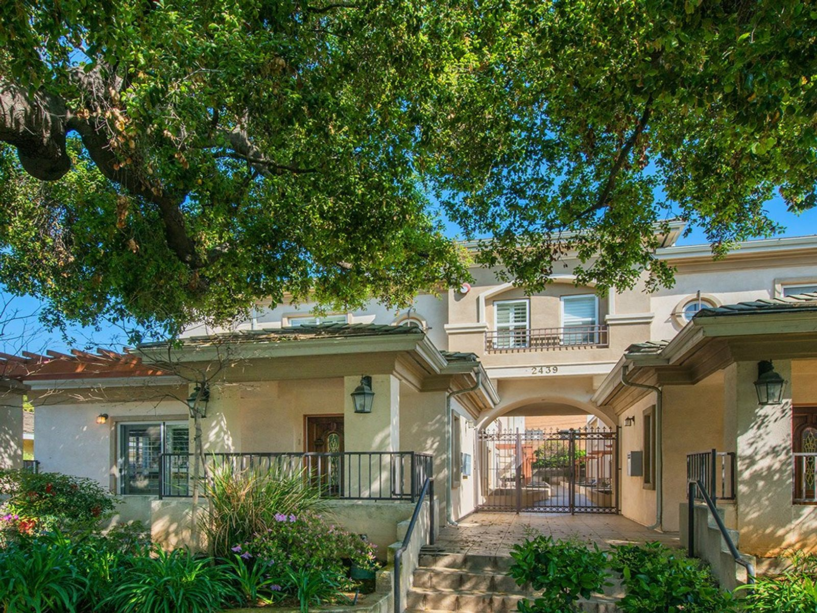 Gorgeous Luxury Townhome Lease, Pasadena CA Townhouse - Pasadena Real Estate