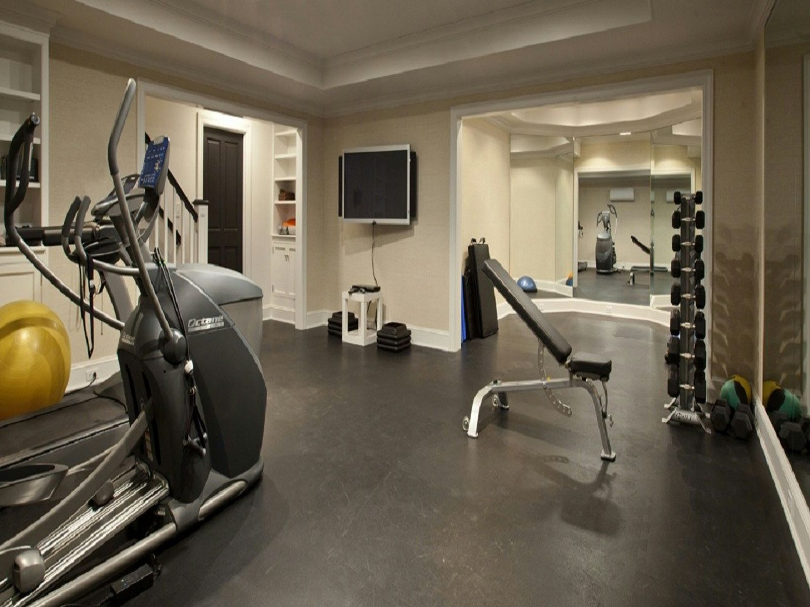 Gym & Yoga Room