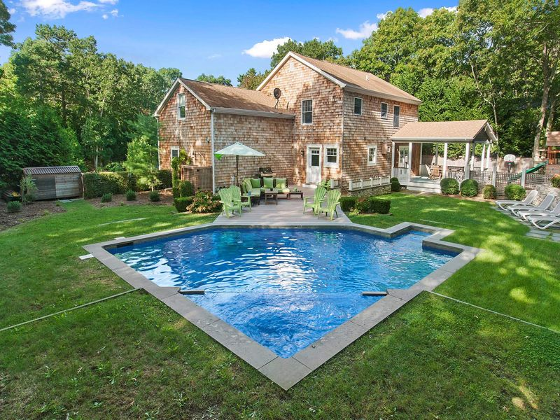 Pristine Traditional in East Hampton