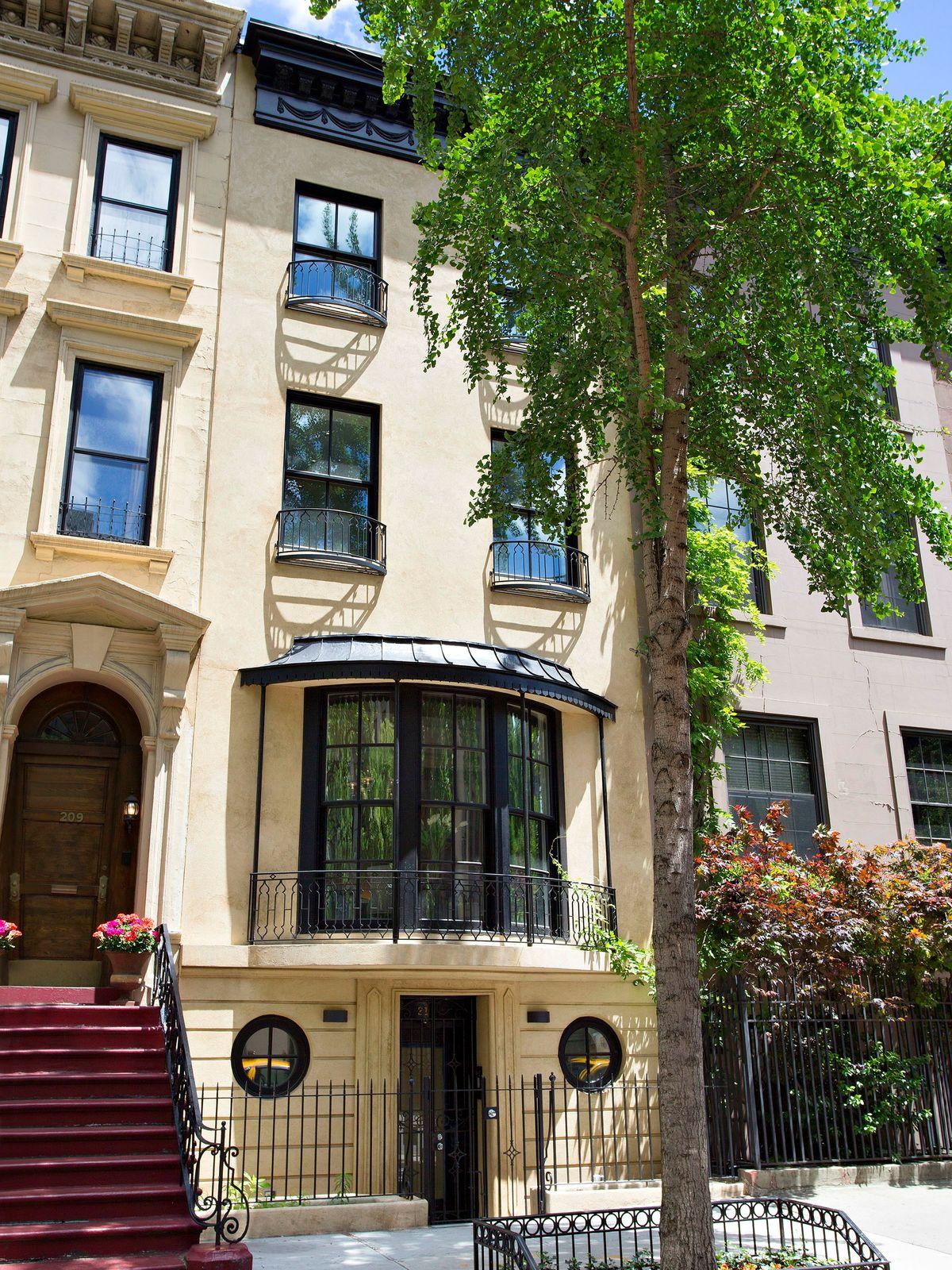 211 East 61st Street