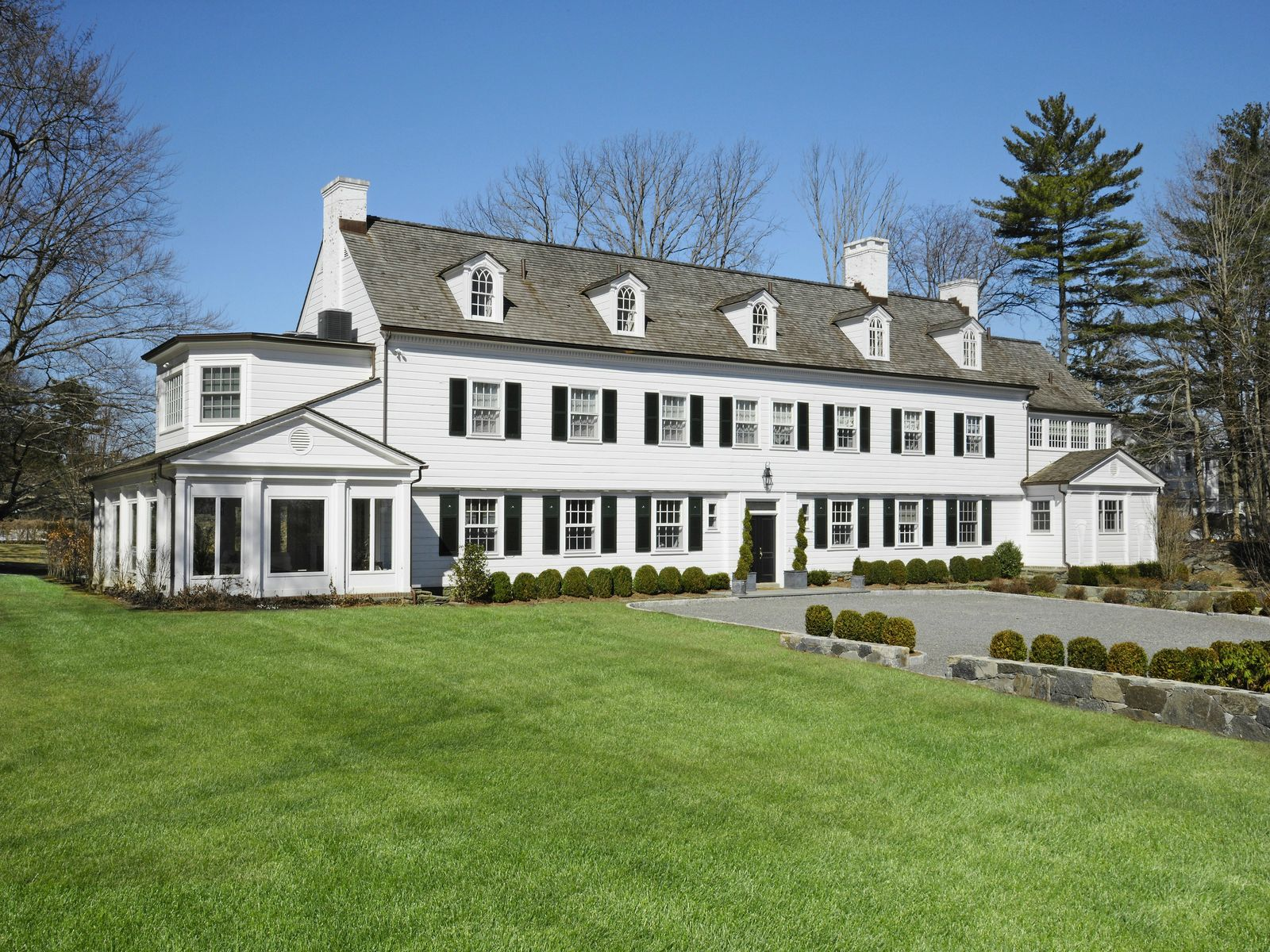 In-Town Splendor, Greenwich CT Single Family Home - Greenwich Real Estate
