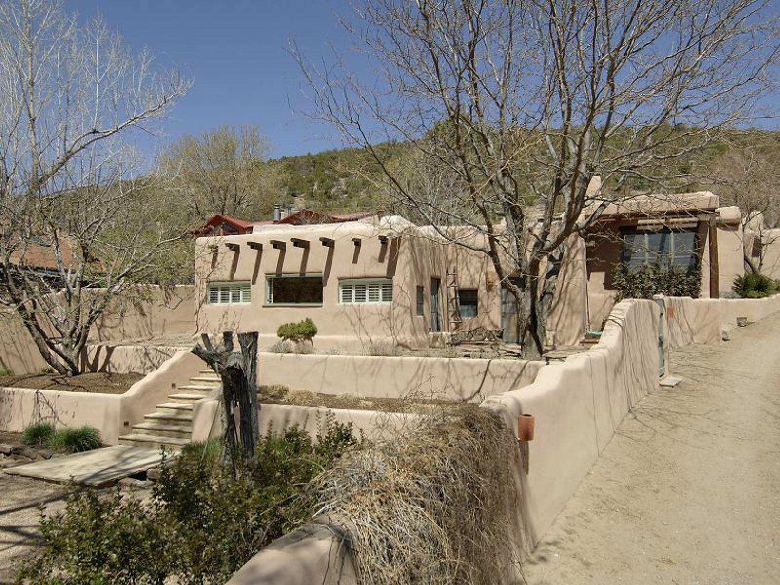 1536 Cerro Gordo
