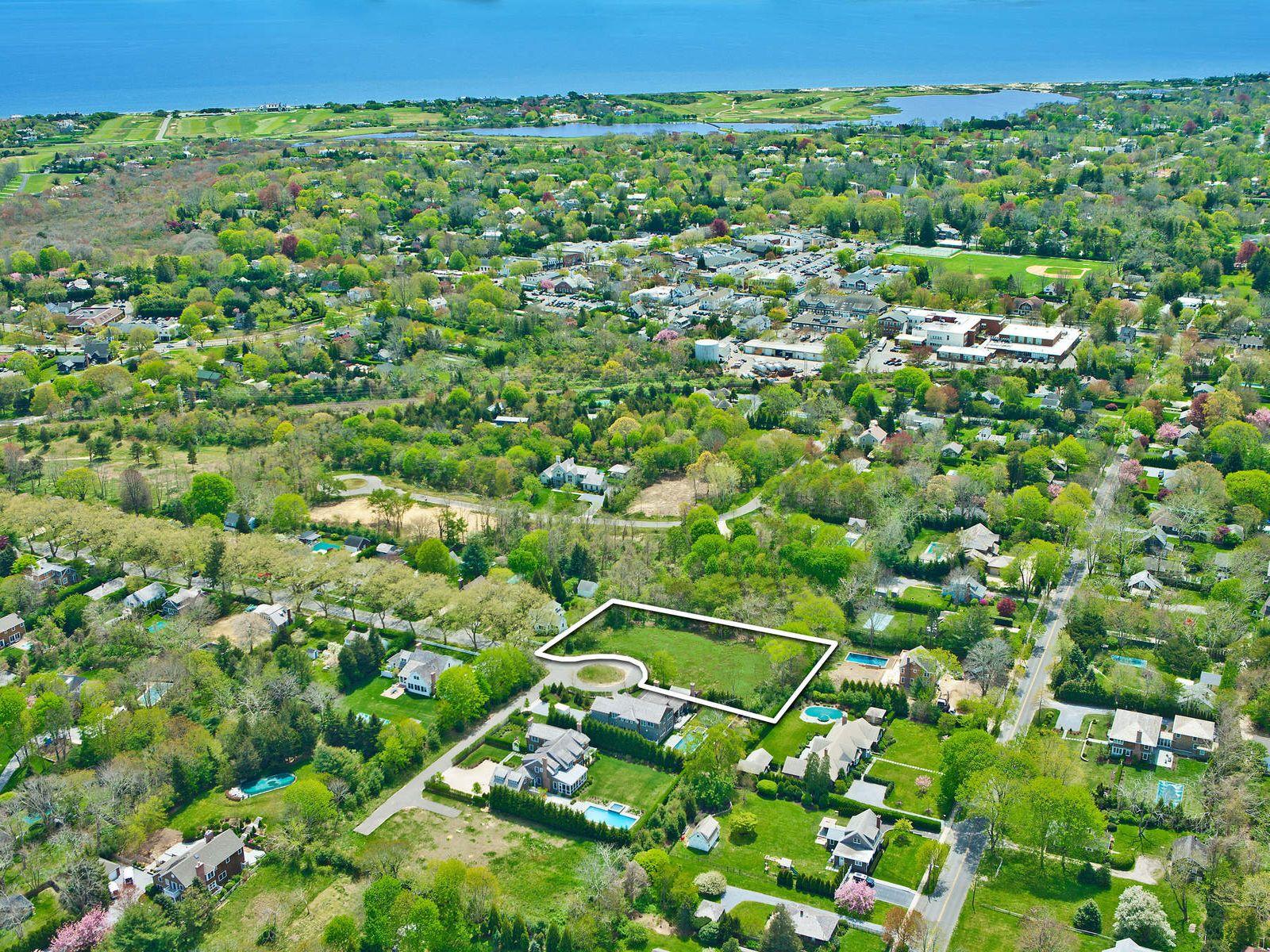 East Hampton Village  Vacant Land