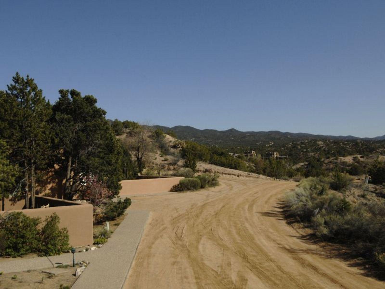 211-411 Pueblo De Cielo
