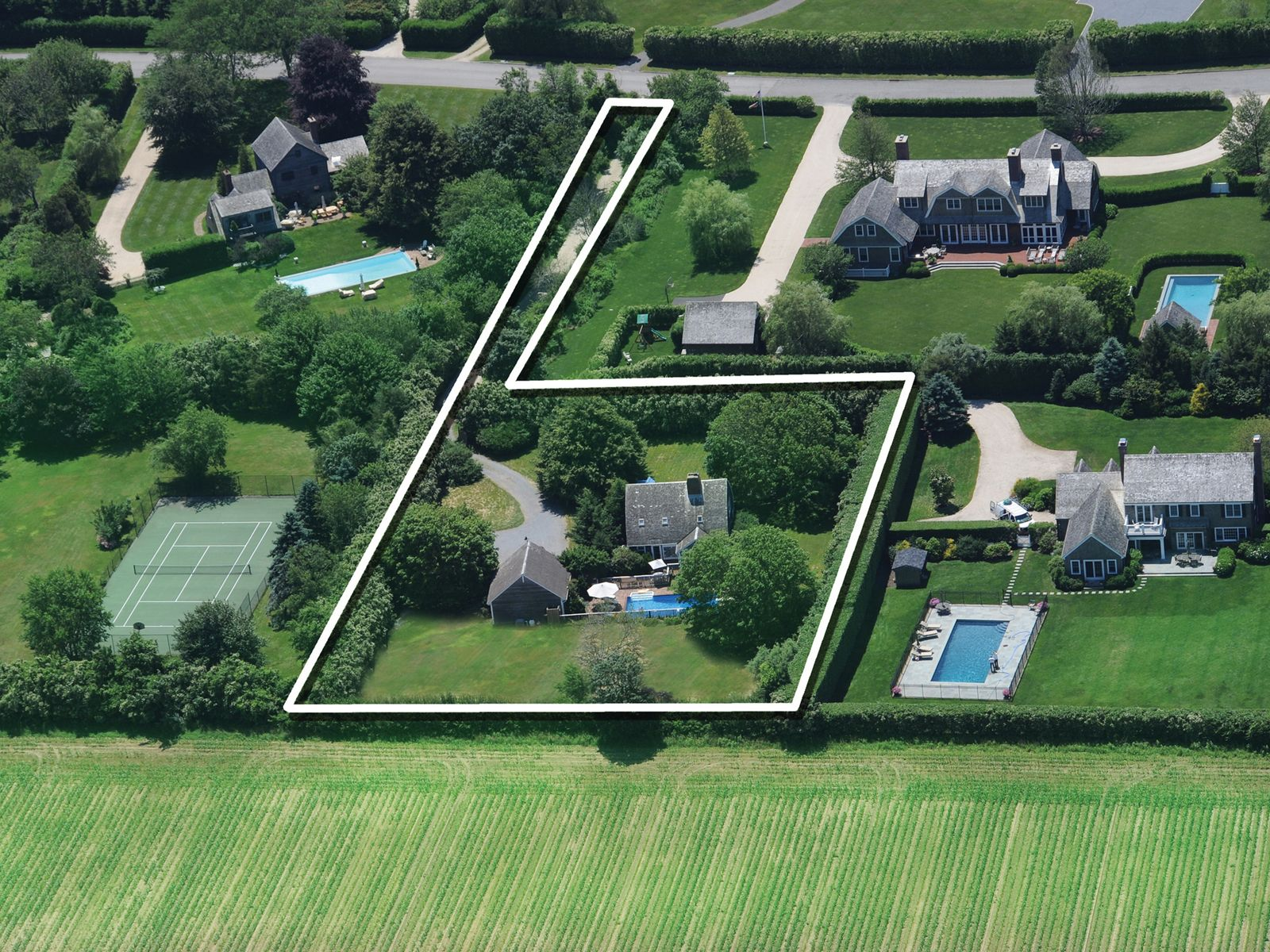Bridgehampton Near the Ocean, Bridgehampton NY Single Family Home - Hamptons Real Estate