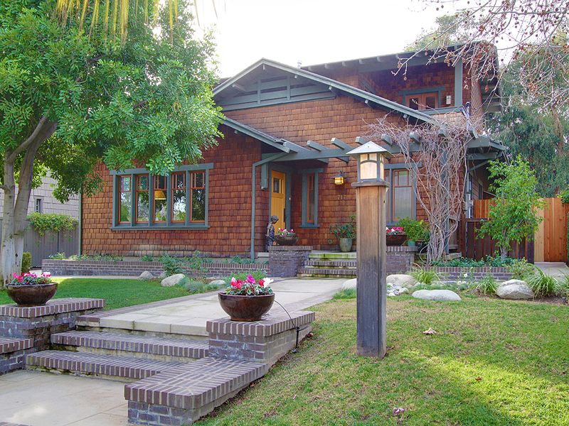 Cal-Tech Neighborhood Craftsman