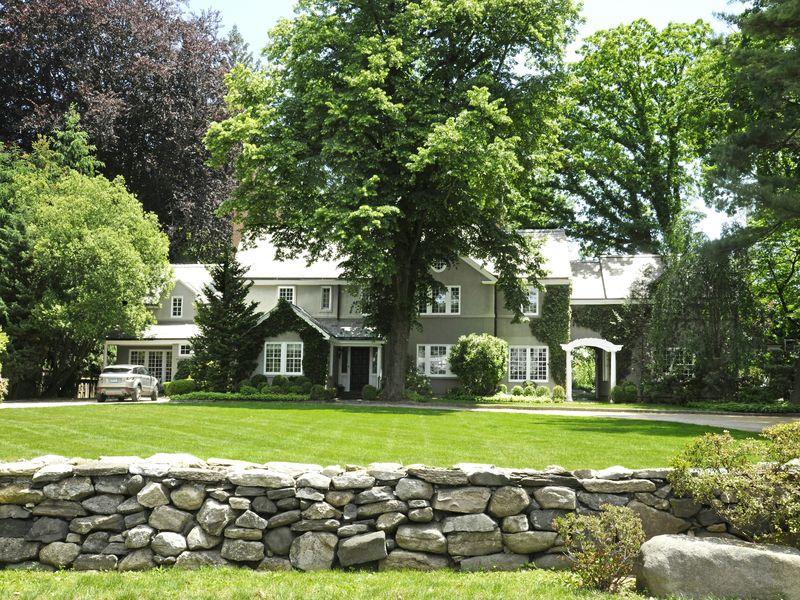 Mead Point Pre-War Home