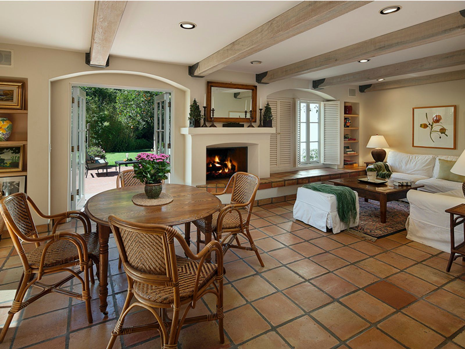 Great Room/Den off Kitchen