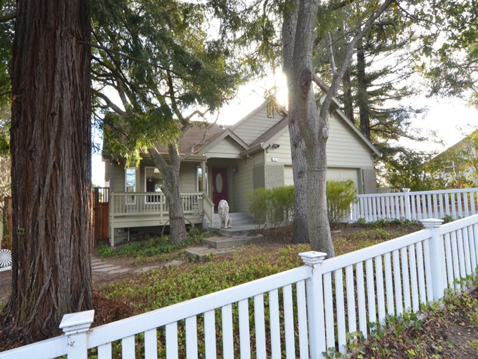 Petaluma Gem Westside, Petaluma CA Single Family Home - Sonoma - Napa Real Estate
