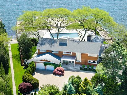 Stunning Waterfront, Old Greenwich CT Single Family Home - Greenwich Real Estate