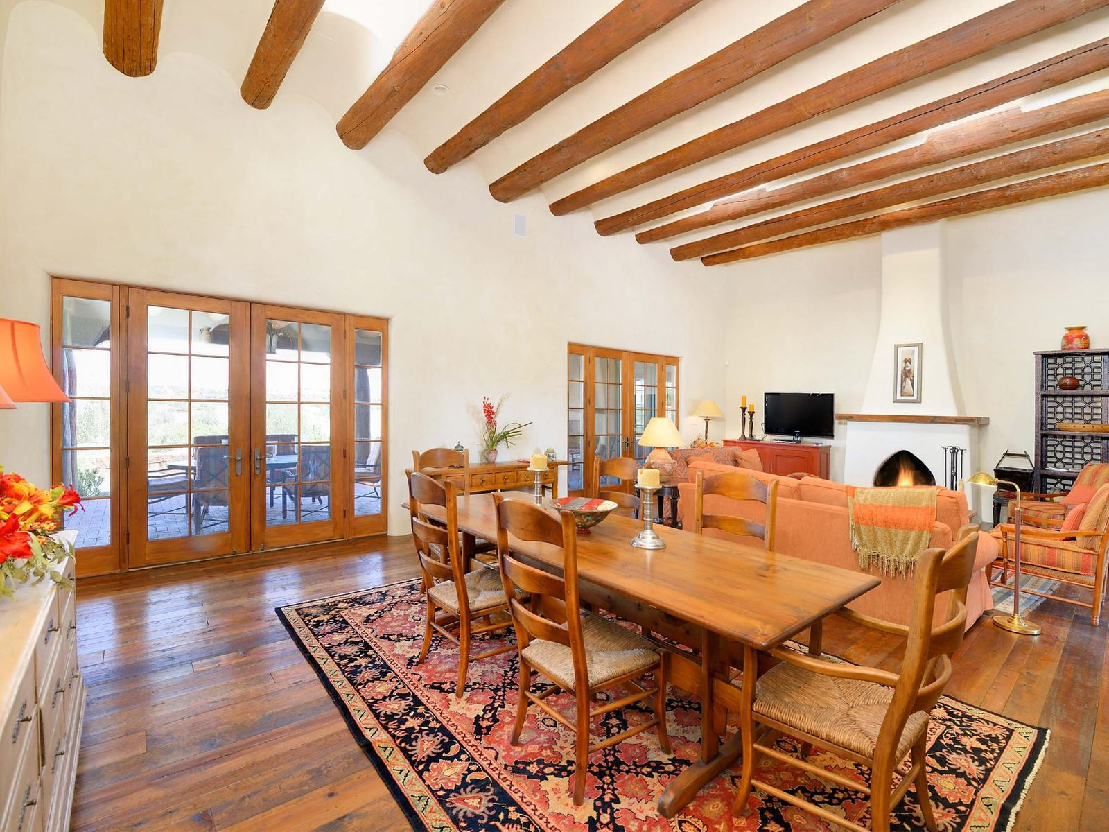 4 Calle Cimarron, Santa Fe NM Single Family Home - Santa Fe Real Estate