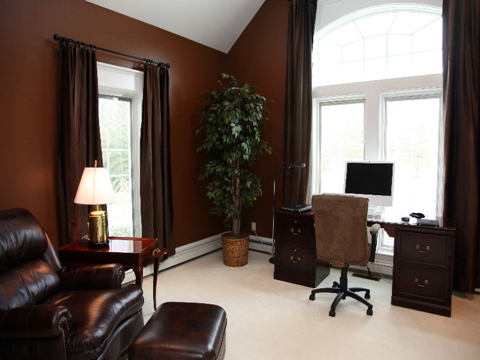 Private Heart of Centerville Setting