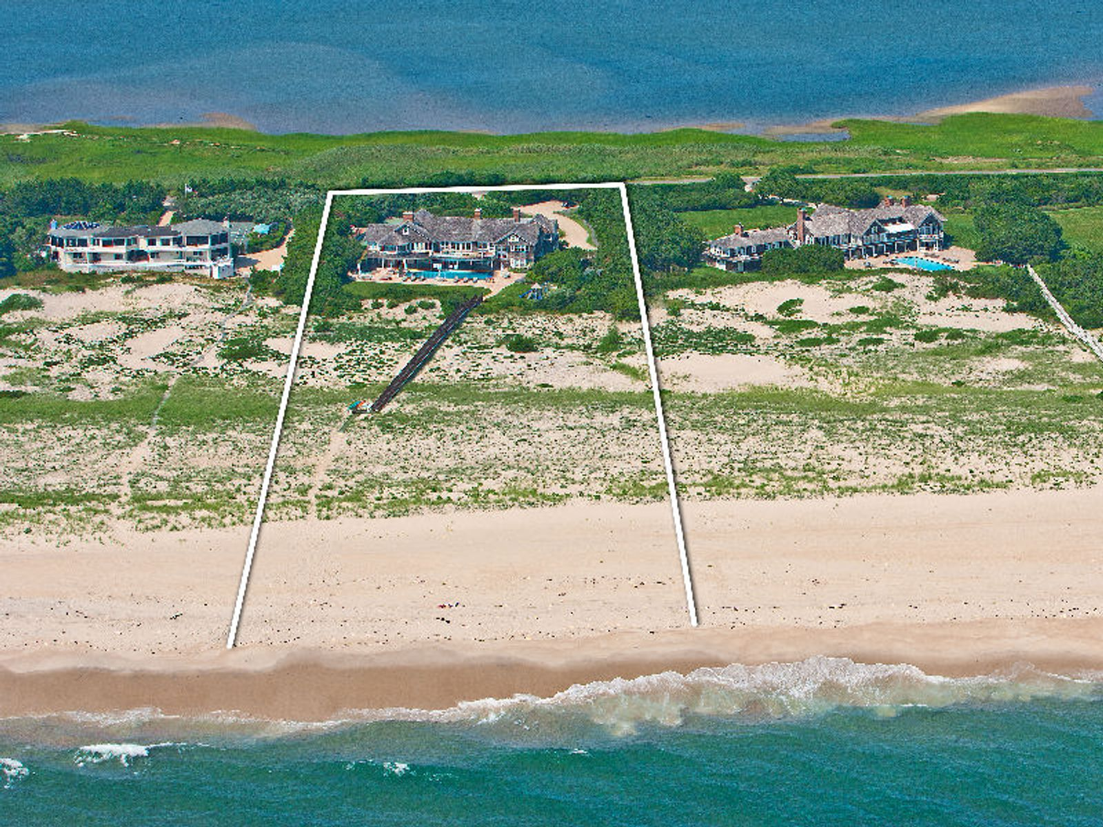 Oceanfront Classic Beach House, Southampton NY Single Family Home - Hamptons Real Estate