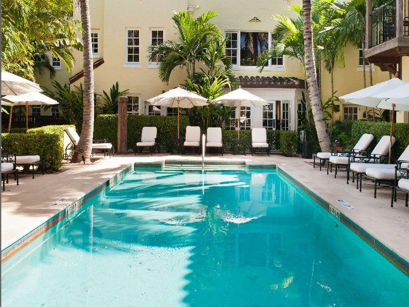 Brazilian Court Hotel and Condominium