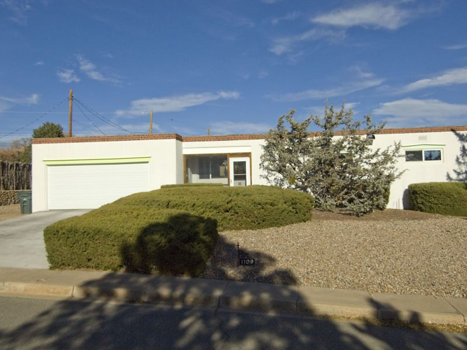 1109 North Luna Circle, Santa Fe NM Single Family Home - Santa Fe Real Estate