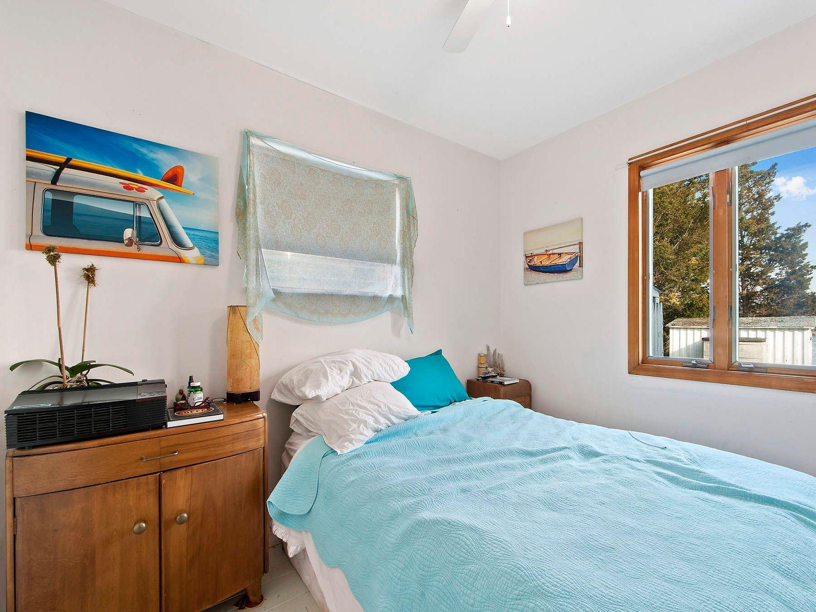 Sag Harbor Waterfront Cottage