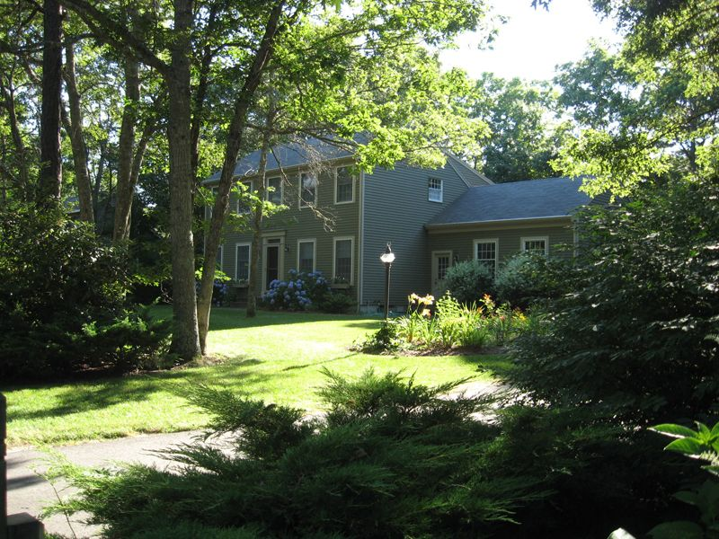 Colonial in Golf Community
