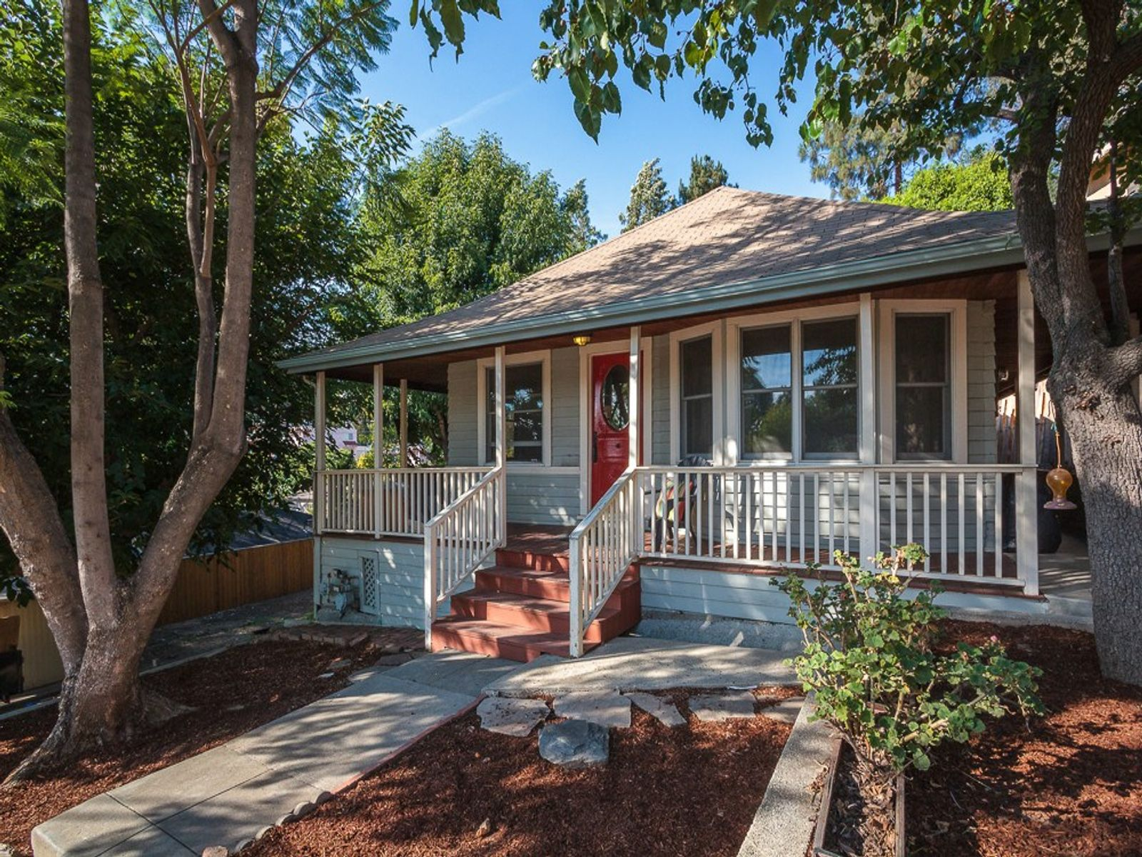 1543 Avalon Street, Los Angeles CA Single Family Home - Los Angeles Real Estate