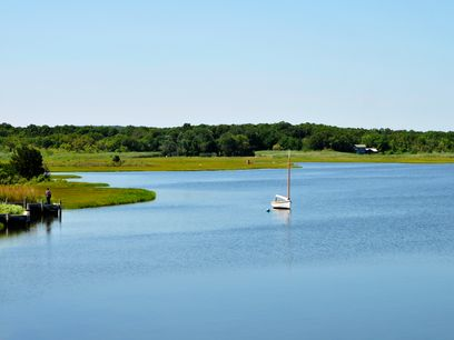 Waterfront on Accabonac Harbor, East Hampton NY Single Family Home - Hamptons Real Estate