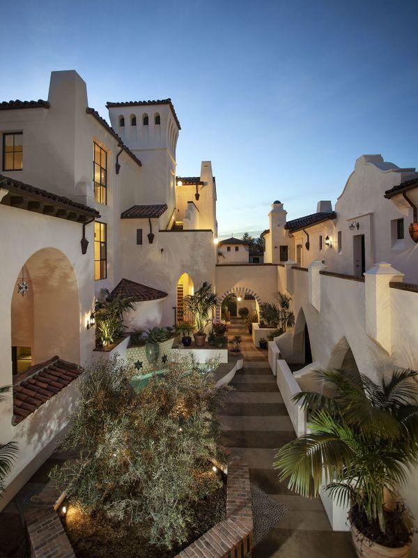 Downtown Luxury Condos