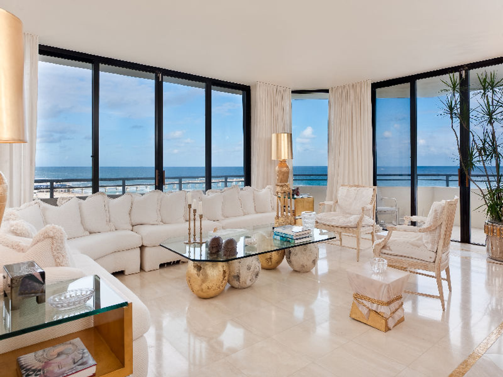 Outstanding  Oceanfront, Palm Beach FL Condominium - Palm Beach Real Estate