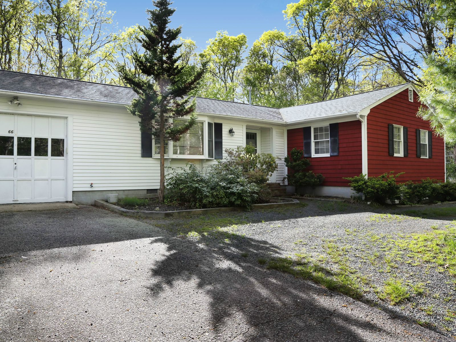 Outstanding Ranch, Finished Lower Level, Falmouth MA Single Family Home - Cape Cod Real Estate