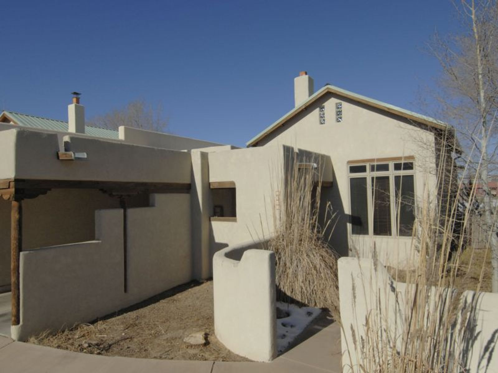 3242 La Paz Lane, Santa Fe NM Single Family Home - Santa Fe Real Estate