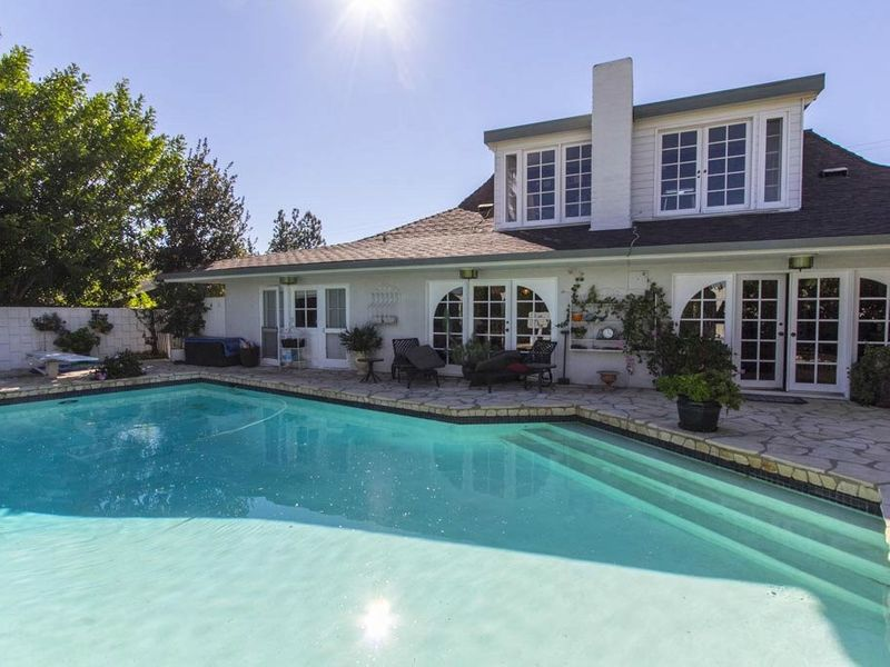 Fabulous and Desirable Calabasas Home