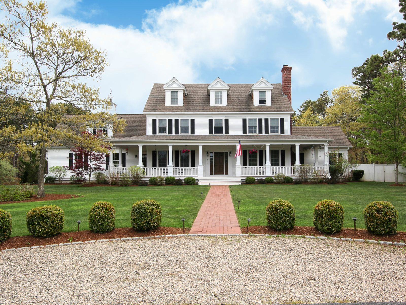 Stunning Northside Colonial with Pool, East Sandwich MA Single Family Home - Cape Cod Real Estate