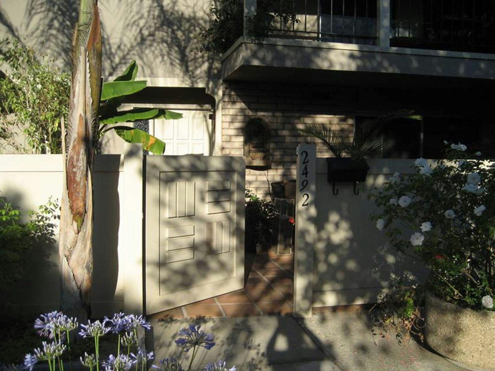 Exquisite Pasadena Townhouse