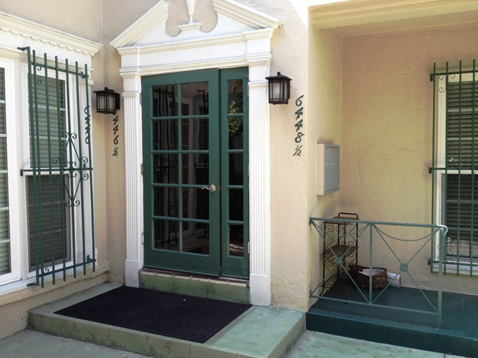 Elegant 4-Plex, Beverly Hills Adjacent, Los Angeles CA Multi-Family - Los Angeles Real Estate