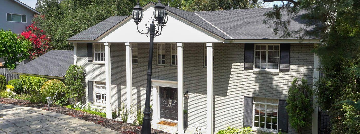 Elegant Colonial Revival
